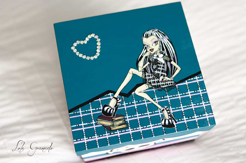 Caja Carla Monster High