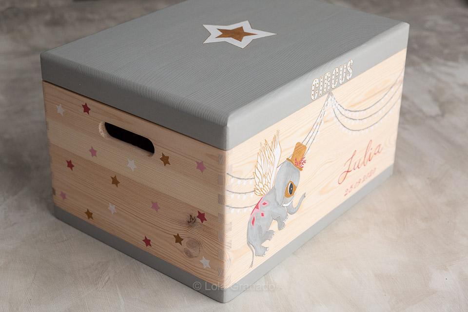 Caja de madera para juguetes Julia